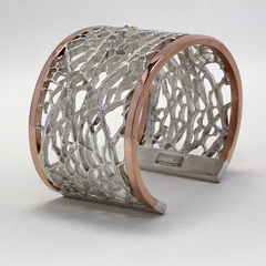 Cuff bracelet rose gold diamond2