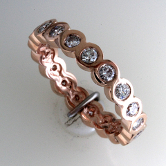 Eternity band rose gold 3