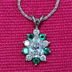 Pear diamond emerald pendant 1