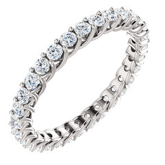 Shared prong eternity band 1